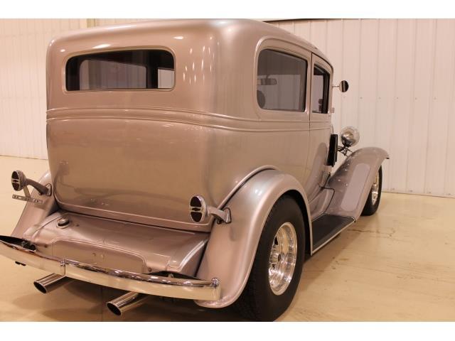1932 Chevrolet Streetrod - Photo 16 - Fort Wayne, IN 46804