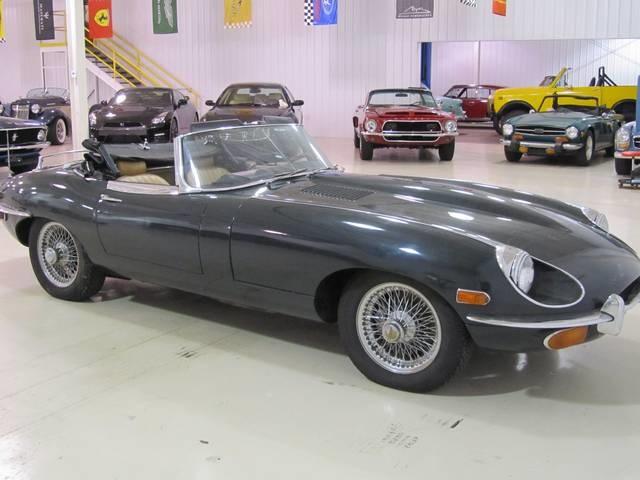 1969 Jaguar XK E Type Convertible - Photo 17 - Fort Wayne, IN 46804