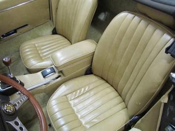 1969 Jaguar XK E Type Convertible - Photo 14 - Fort Wayne, IN 46804