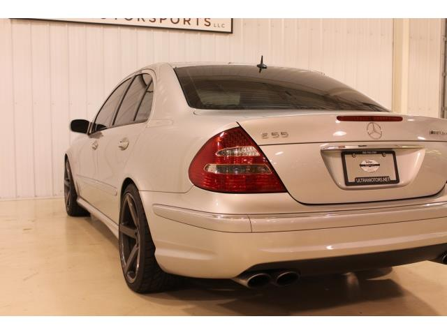2004 Mercedes-Benz E 55 AMG - Photo 11 - Fort Wayne, IN 46804