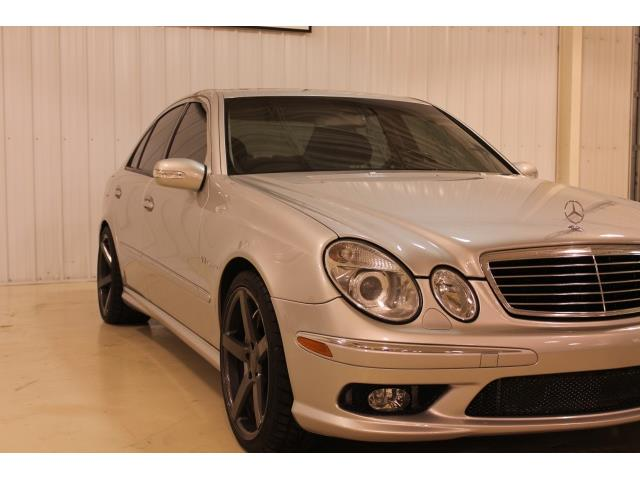 2004 Mercedes-Benz E 55 AMG - Photo 4 - Fort Wayne, IN 46804