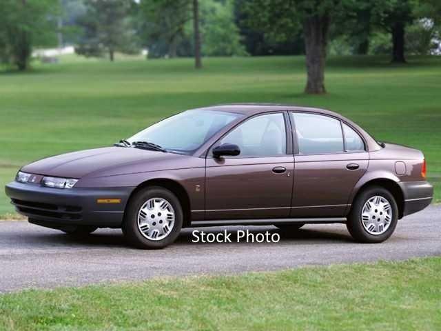 2000 Saturn S-Series SL2 photo