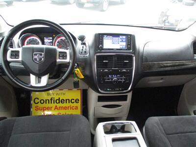 2011 Dodge Grand Caravan Crew   - Photo 12 - Seattle, WA 98103