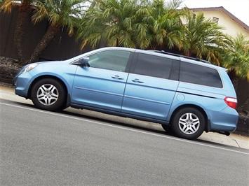 2005 Honda Odyssey EX-L w/DVD Van