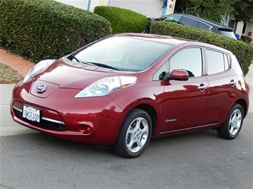 2013 Nissan Leaf SV Premium Package Hatchback