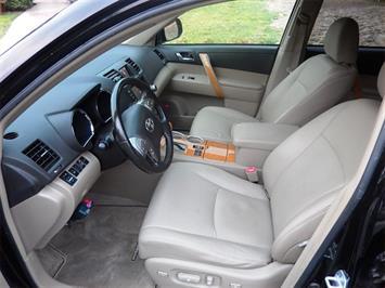 2008 Toyota Highlander Hybrid Limited - Photo 10 - San Diego, CA 92126