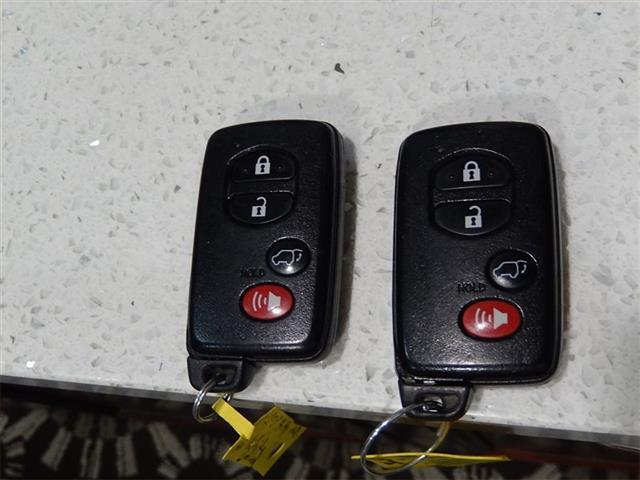 2008 Toyota Highlander Hybrid Limited - Photo 23 - San Diego, CA 92126