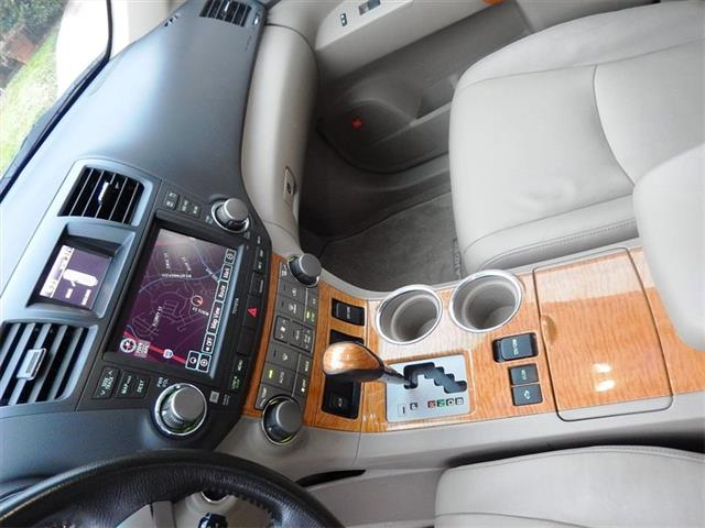 2008 Toyota Highlander Hybrid Limited - Photo 17 - San Diego, CA 92126