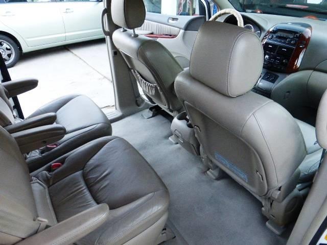 ... 2004 Toyota Sienna XLE Limited 7 Passenger   Photo 9   San Diego, CA  92126 ...