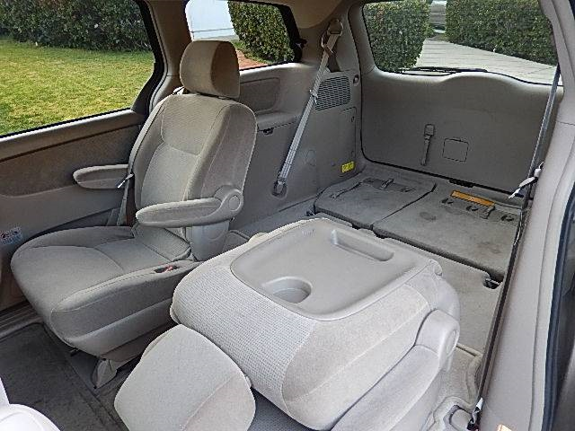 ... 2004 Toyota Sienna LE 7 Passenger   Photo 4   San Diego, CA 92126 ...