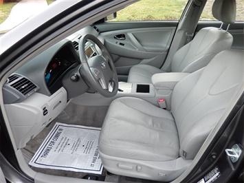 2007 Toyota Camry Hybrid XLE - Photo 10 - San Diego, CA 92126