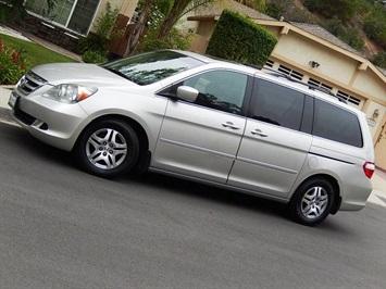2006 Honda Odyssey 8 Passenger EX-L w/Navi w/DVD Van