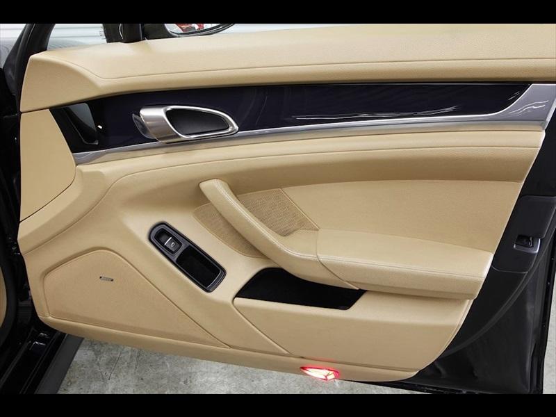 2011 Porsche Panamera 4 - Photo 47 - Rancho Cordova, CA 95742