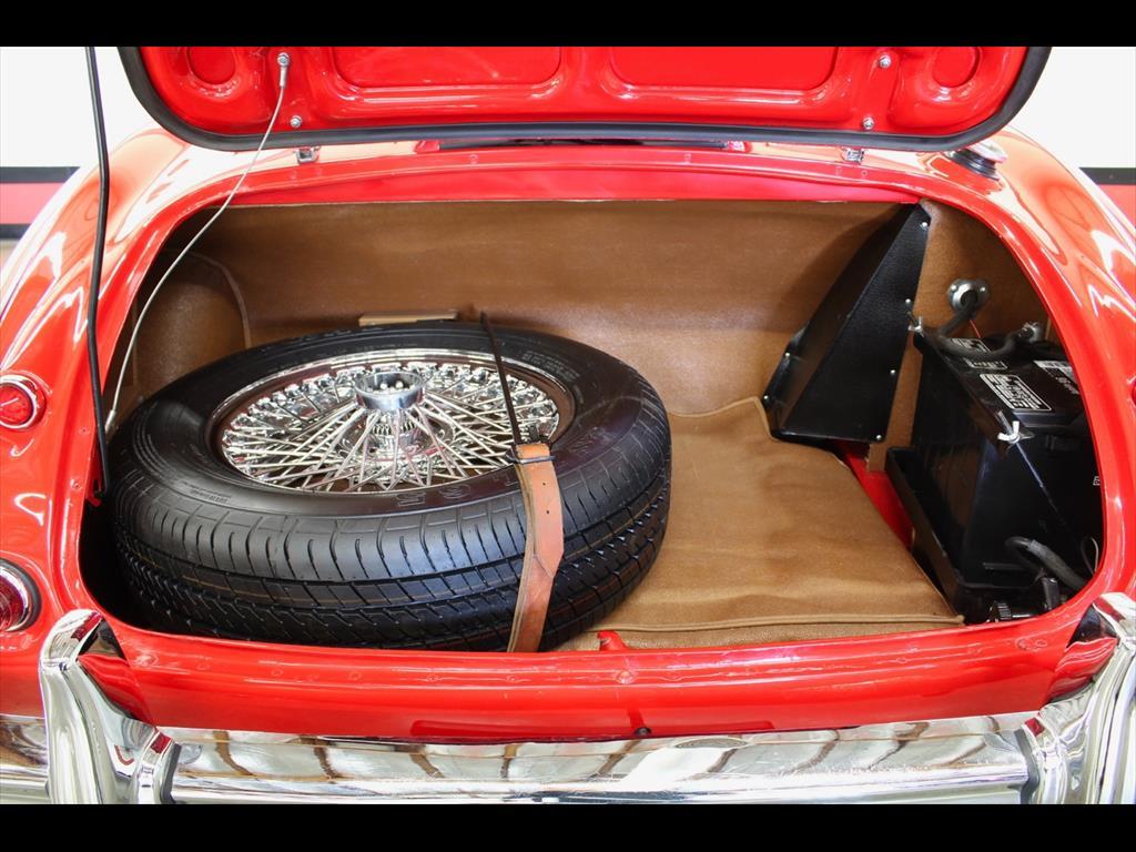 1962 Austin Healey 3000 BT7 - Photo 19 - Rancho Cordova, CA 95742