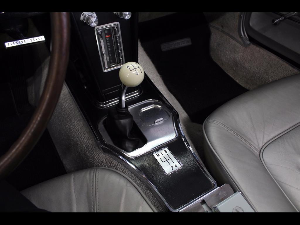 1965 Chevrolet Corvette Stingray Convertible - Photo 34 - Rancho Cordova, CA 95742