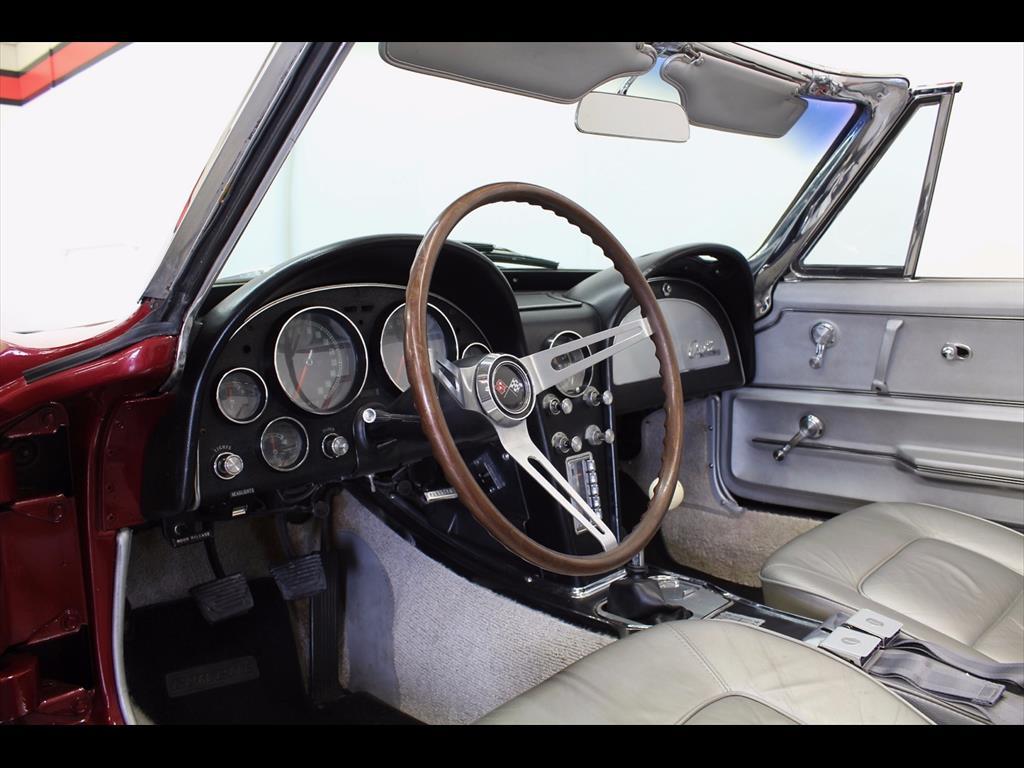 1965 Chevrolet Corvette Stingray Convertible - Photo 25 - Rancho Cordova, CA 95742
