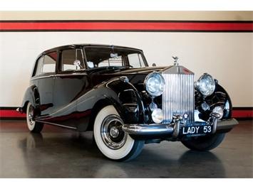 1953 Rolls-Royce Silver Wraith Sedan