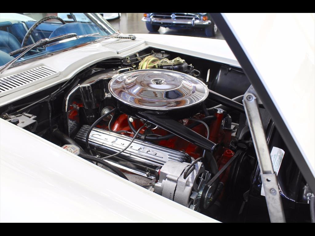 1965 Chevrolet Corvette Sting Ray - Photo 18 - Rancho Cordova, CA 95742