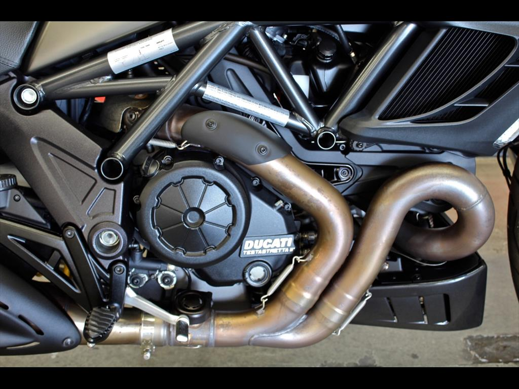 2014 Ducati Sport Touring Diavel Strada - Photo 13 - Rancho Cordova, CA 95742