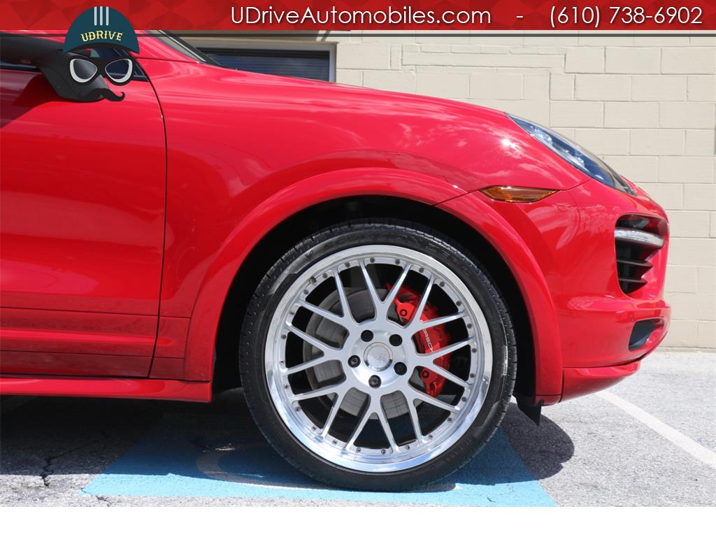 2013 Porsche Cayenne GTS 1 Owner Carmine Red Inter Pkg Carbon Fiber 22s - Photo 9 - West Chester, PA 19382