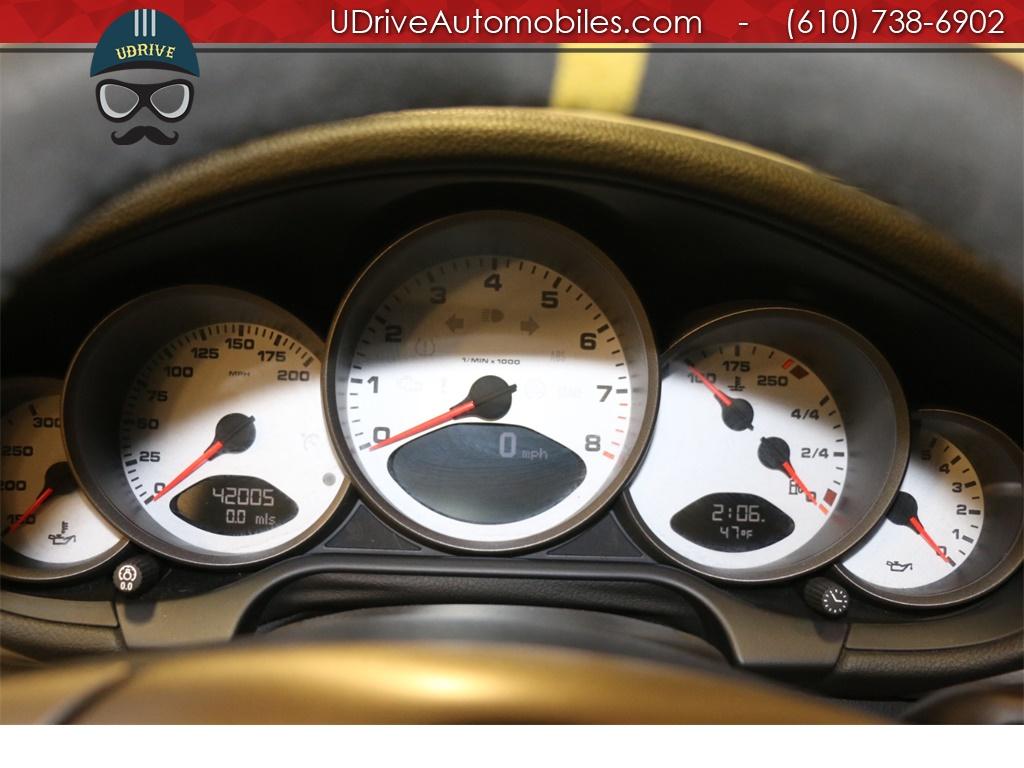 2006 Porsche 911 C4S 6 Speed Tubi Sport Seats Sport Shift Chrono - Photo 20 - West Chester, PA 19382