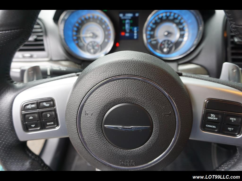 2014 Chrysler 300 Series SRT8 470 HP Loaded Panoramic Roof. - Photo 18 - Milwaukie, OR 97267