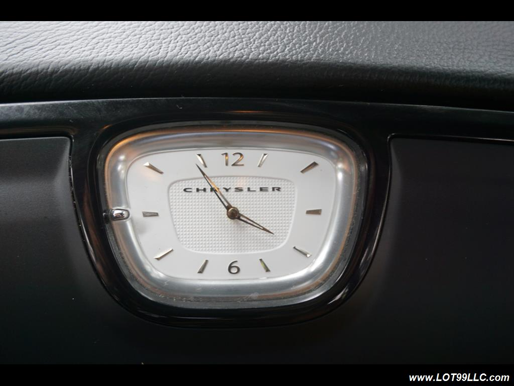 2014 Chrysler 300 Series SRT8 470 HP Loaded Panoramic Roof. - Photo 26 - Milwaukie, OR 97267