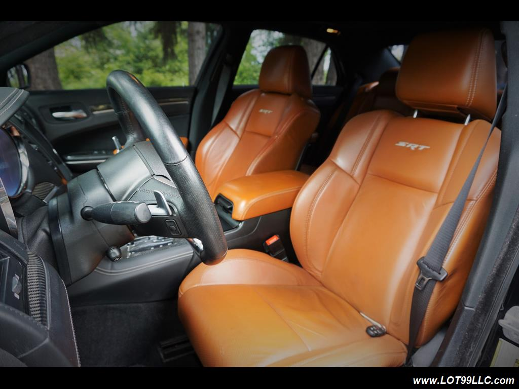 2014 Chrysler 300 Series SRT8 470 HP Loaded Panoramic Roof. - Photo 11 - Milwaukie, OR 97267
