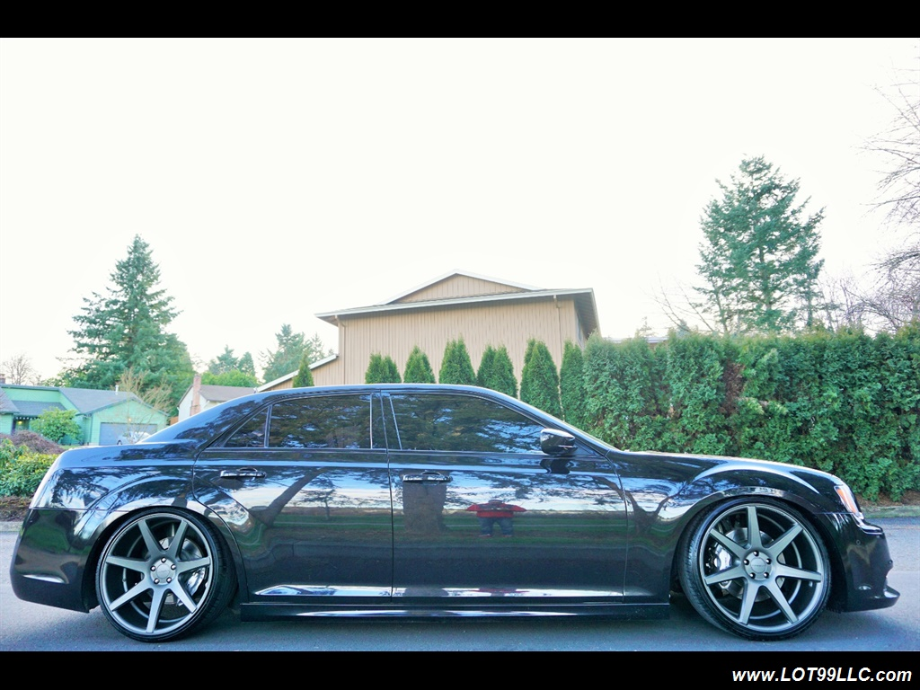 2014 Chrysler 300 Series SRT8 470 HP Loaded Panoramic Roof. - Photo 5 - Milwaukie, OR 97267