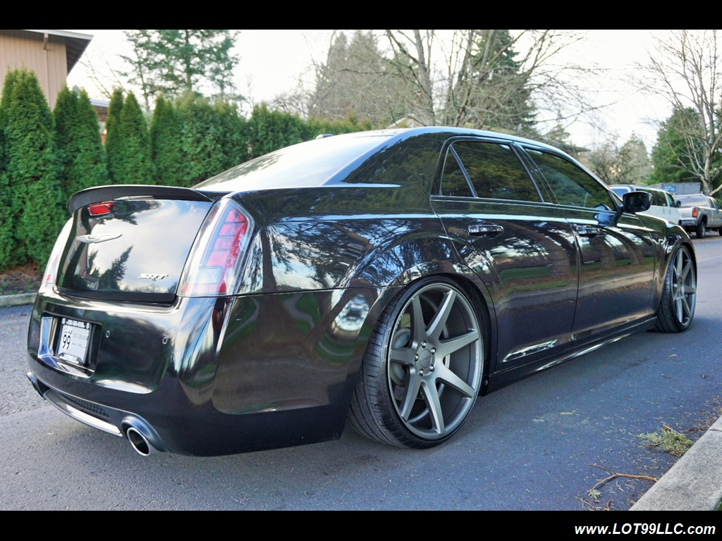 2014 Chrysler 300 Series SRT8 470 HP Loaded Panoramic Roof. - Photo 6 - Milwaukie, OR 97267