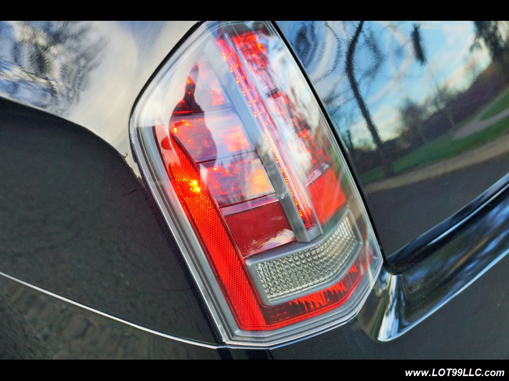 2014 Chrysler 300 Series SRT8 470 HP Loaded Panoramic Roof. - Photo 47 - Milwaukie, OR 97267