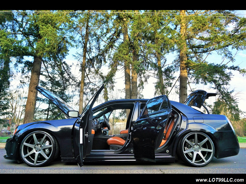 2014 Chrysler 300 Series SRT8 470 HP Loaded Panoramic Roof. - Photo 39 - Milwaukie, OR 97267