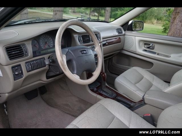 2000 Volvo V70 CROSS COUNTRY AWD SE,BRAND NEW TIRES. - Photo 10 - Milwaukie, OR 97267