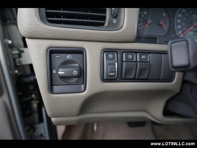 2000 Volvo V70 CROSS COUNTRY AWD SE,BRAND NEW TIRES. - Photo 24 - Milwaukie, OR 97267