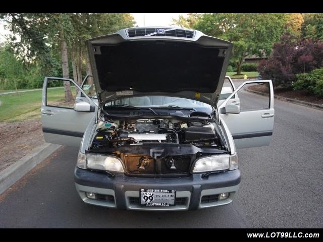 2000 Volvo V70 CROSS COUNTRY AWD SE,BRAND NEW TIRES. - Photo 31 - Milwaukie, OR 97267