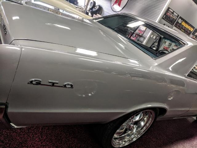 1964 Pontiac GTO - Photo 10 - Bismarck, ND 58503