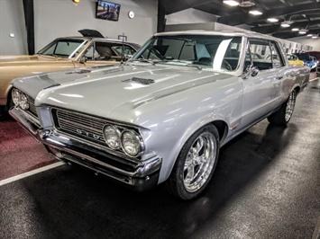 1964 Pontiac GTO Sedan