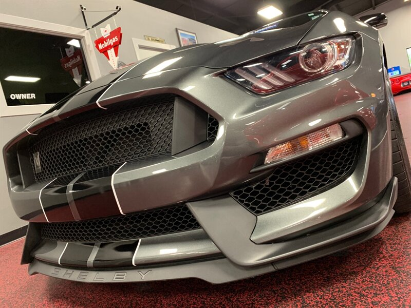 2016 Ford Mustang Shelby GT350 photo
