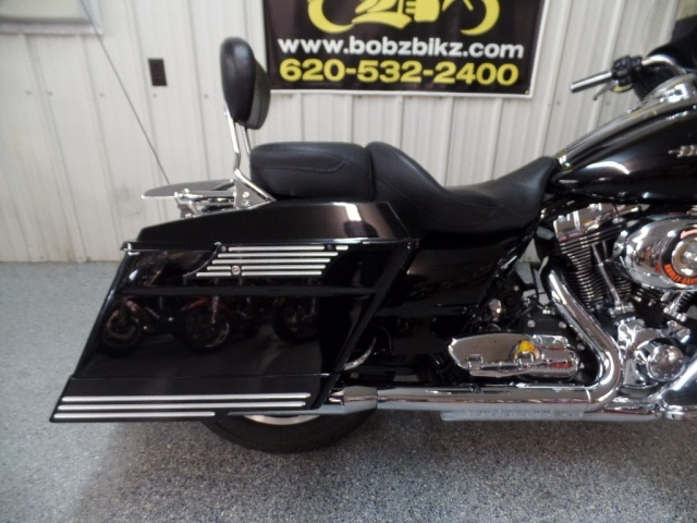 2009 Harley-Davidson Street Glide - Photo 10 - Kingman, KS 67068