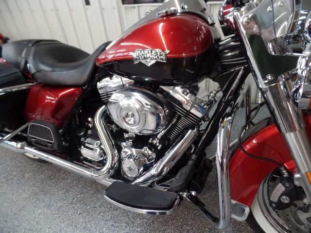 2013 Harley-Davidson Road King Classic - Photo 8 - Kingman, KS 67068
