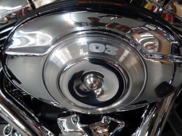 2013 Harley-Davidson Road King Classic - Photo 9 - Kingman, KS 67068