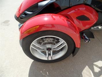 2009 Can-Am Spyder GS SE5 - Photo 10 - Kingman, KS 67068