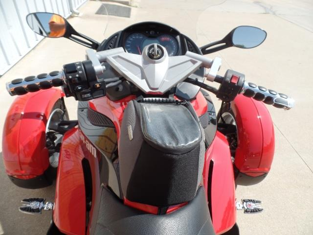 2009 Can-Am Spyder GS SE5 - Photo 13 - Kingman, KS 67068