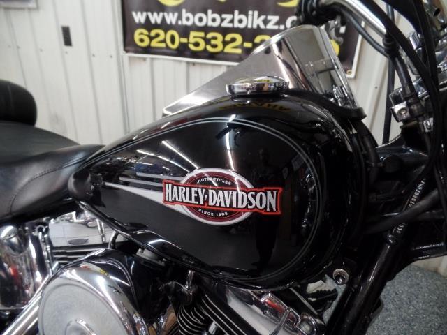 2005 Harley-Davidson Heritage Softail Classic - Photo 10 - Kingman, KS 67068