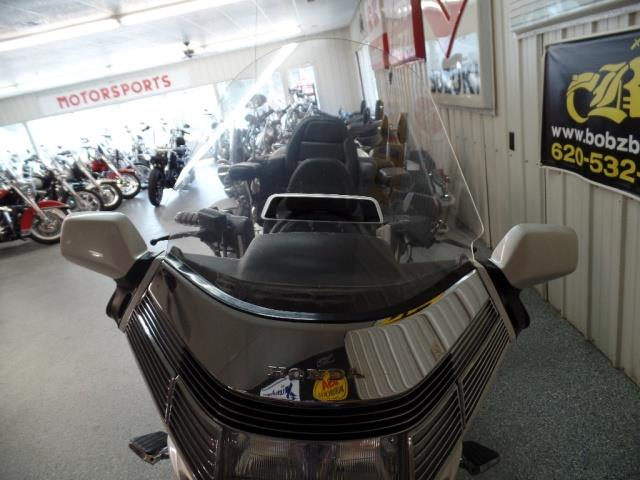 1993 Honda Gold Wing 1500 - Photo 17 - Kingman, KS 67068