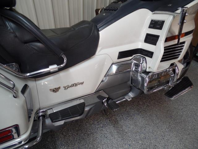 1993 Honda Gold Wing 1500 - Photo 10 - Kingman, KS 67068