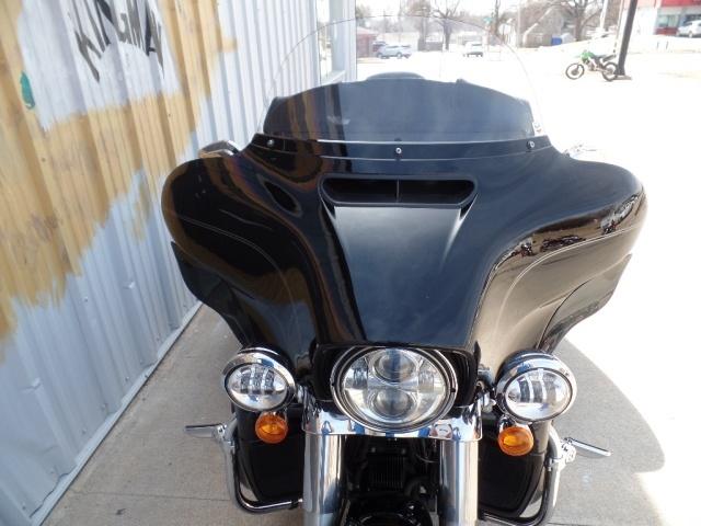 2014 Harley-Davidson Triglide - Photo 13 - Kingman, KS 67068