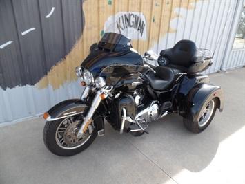 2014 Harley-Davidson Triglide - Photo 2 - Kingman, KS 67068