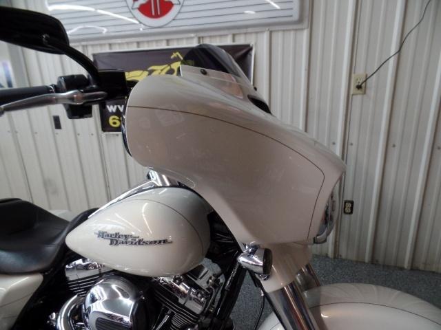 2014 Harley-Davidson Street Glide S - Photo 13 - Kingman, KS 67068