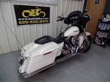 2014 Harley-Davidson Street Glide S - Photo 3 - Kingman, KS 67068